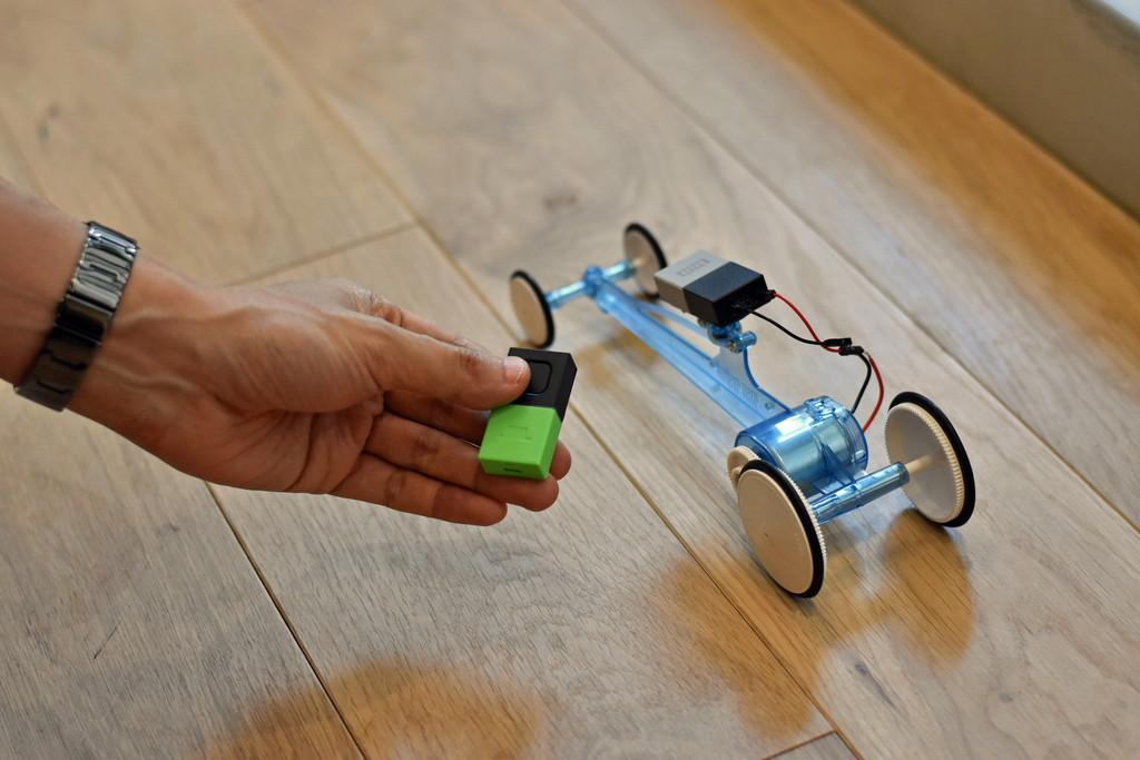 ボタンタグ&GPIOタグのコンビで 電子工作キットをリモートコントロール