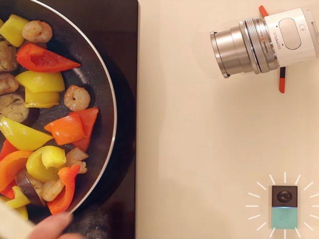 調理中のハンズフリー撮影
